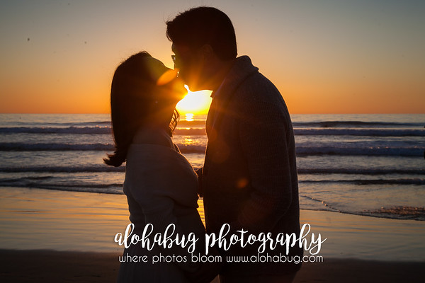 Maternity Photos at Scripps Pier La Jolla by AlohaBug Photography