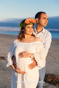 Maternity Photos at Hotel Del Coronado by AlohaBug Photography