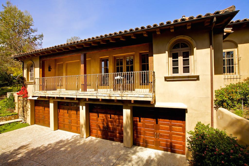 Calzada De Bosque 1st  33