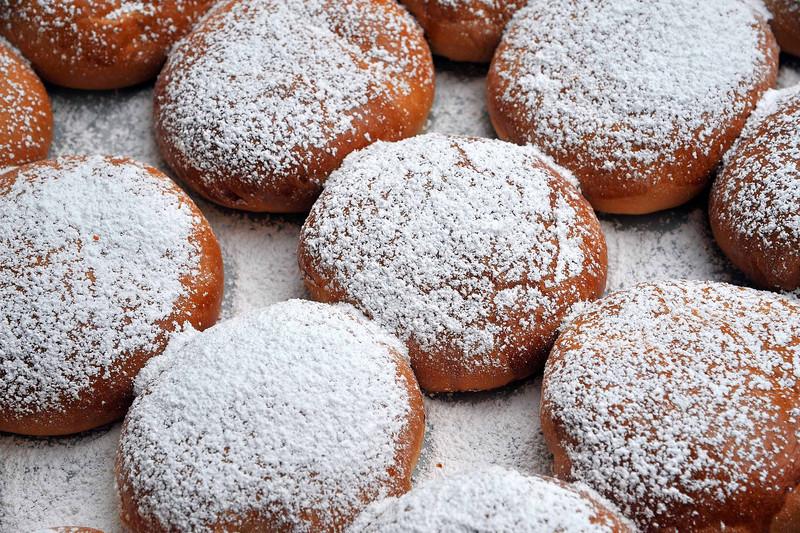 Zepppoli Sicilian Dessert