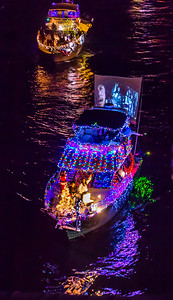 Note the movie screen on the back of this boat!