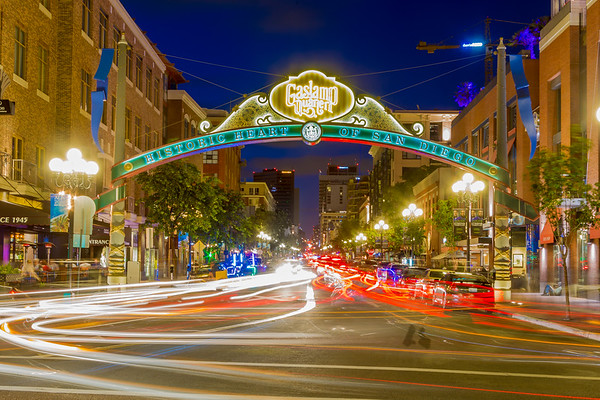 Gaslamp in Motion