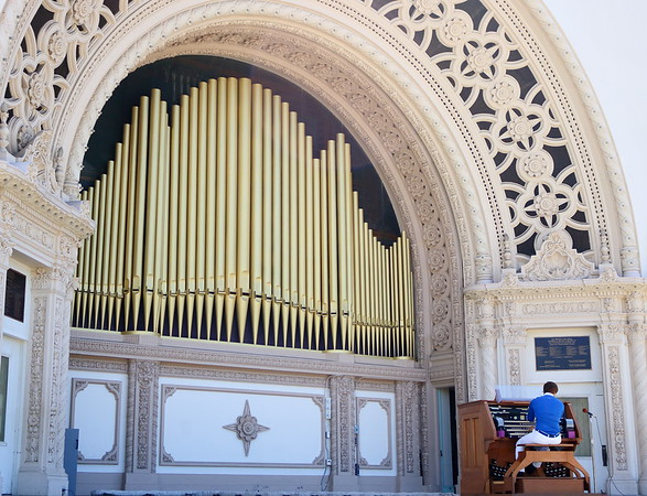 Yes, we have a Civic Organist.