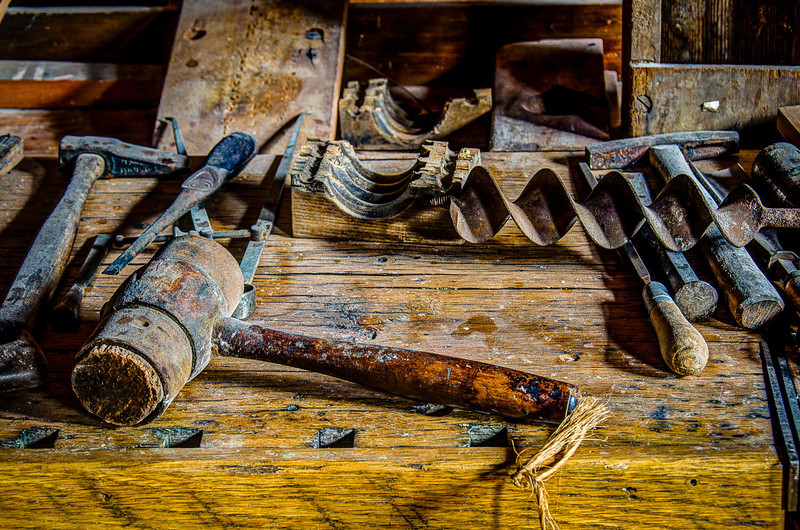 Tools to repair the mill