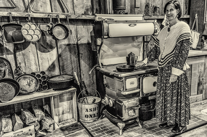 A well equipped kitchen 1900