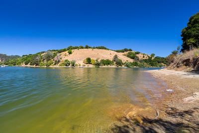 Lake Chabot. West Shore Trail. Lake Chabot Regional Park - Castro Valley, CA, USA
