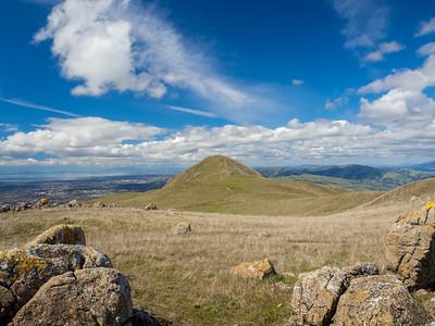San Francisco Bay Area (left) & Mission Peak (center). Bay Area Ridge Trail. Mission Peak Regional Preserve. Fremont, CA, USA