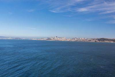 San Francisco. Golden Gate Bridge - Sausalito, CA