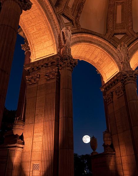 Palace Moon