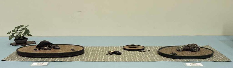 Suiban Display by Hideko Metaxas