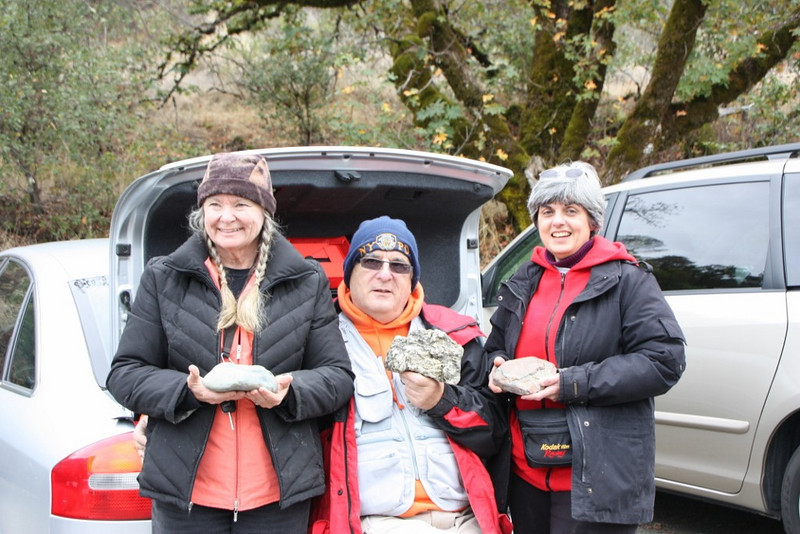 Linda, Ron, and Joann showing off the day's finds.  <br /> GSBF Eel River tanseki;  October 27, 2010