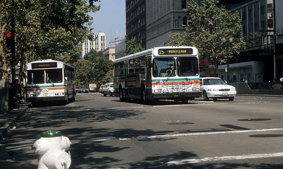 AC Transit 1528_2521 Oakland Sep 99