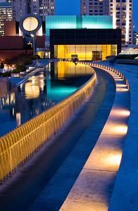 SF MOMA at night