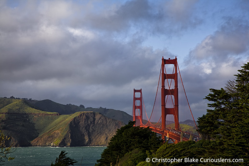 Golden Gate Bridge - Light -