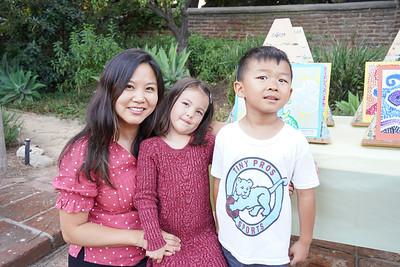 06989 Sandra and Ellie Shinkfield with Maxwell Zhou