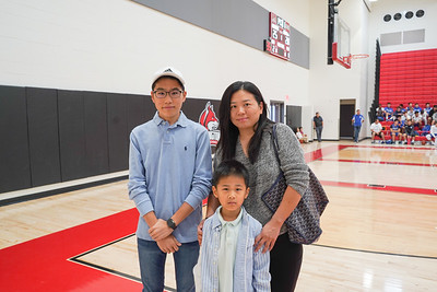 09184 Michael Gong, Matthew Gong and Tiffany Liu