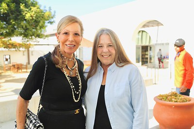 Celia Kalm and Margit Holakoui