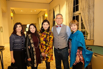 Maggie Lee, Shirley Lee, Erica Chiang, Shawn Chou and Jenny Chiang
