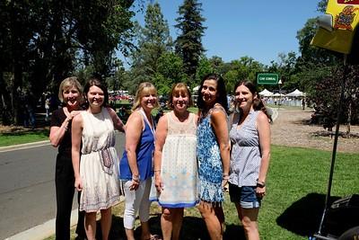 Donna and Sarah Evans, Michelle Wien, Marlene Evans, Mariane Simon and Rachel Evans
