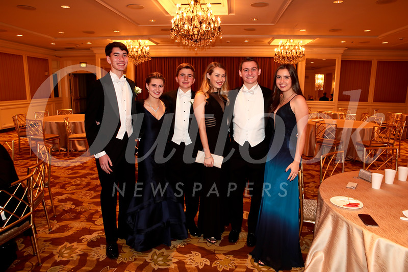 Alan Rossi, Claire Kucera, Gavin Rossi, Lauren Baydaline, Cannon Nielsen and Leily Rossi
