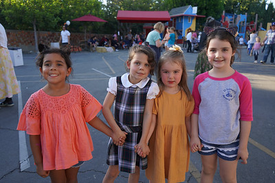 07816 Nina Zapata, Harper Pittroff, Julia Sutton Stowell and Katherine Rubke
