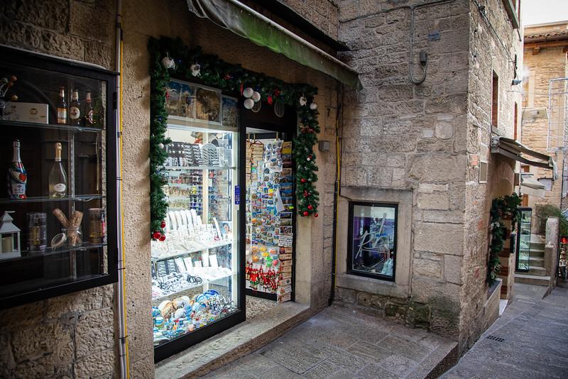 san marino shops