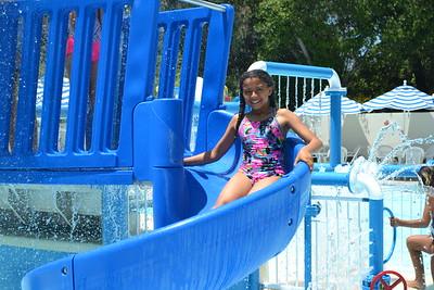 DSC_ Athena Smith having some pool fun  0173