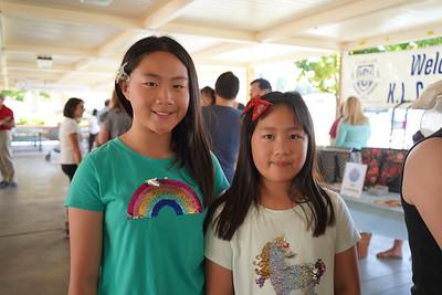 05812 Heather and Hannah Su