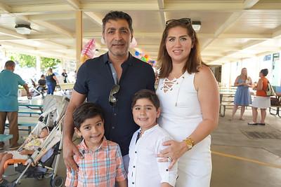 05786 Robert, Nicholas, Sam and Yalda Valiani