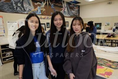 7 Charmaine Qiu, Mandy Zhang and Jessie Wang