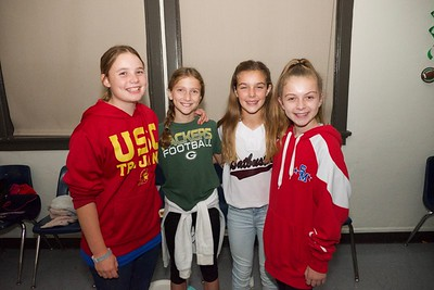 19 Ayla Grier, Lucy McGregor, Mary Sinclair and Bridgette Carroll
