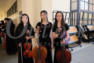 2 Faith Thai, Emma Huang and Zoe Beck