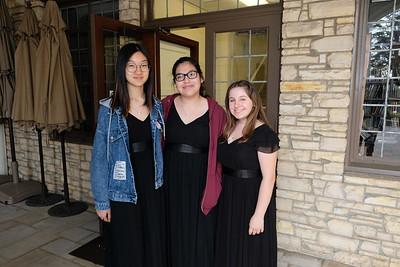 2 Jessica Chen, Andrea Covarrubias and Gracie Modean