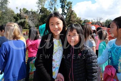 3 Heather and Hannah Su