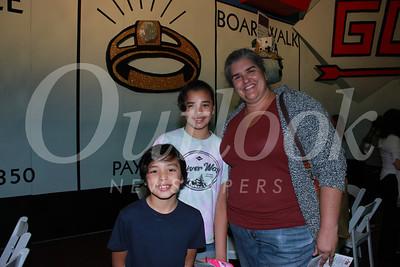 5242 Christian, Isabel and Kathryn Oliveros
