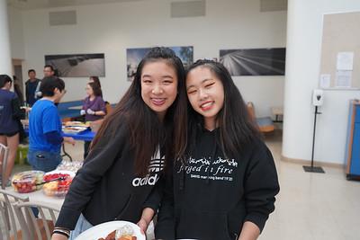 09093 Alice Lang ang Meghan Wong