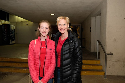 11 Amanda and Stephanie Redding