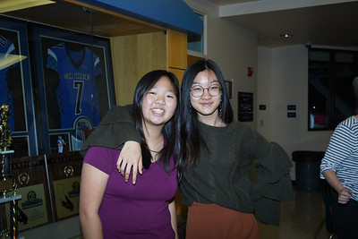 07145 Shannon Tieu and Jessica Xiao