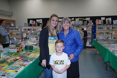 08878 Jackson and Amanda Mollno with Principal Colleen Shields