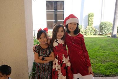 18 Aimee Ywai, Abbey Stevenson and Dyana Wang