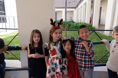 10 Violet Zuckerman, Claire Fabrio, Meredith Luo and Teo Dobson