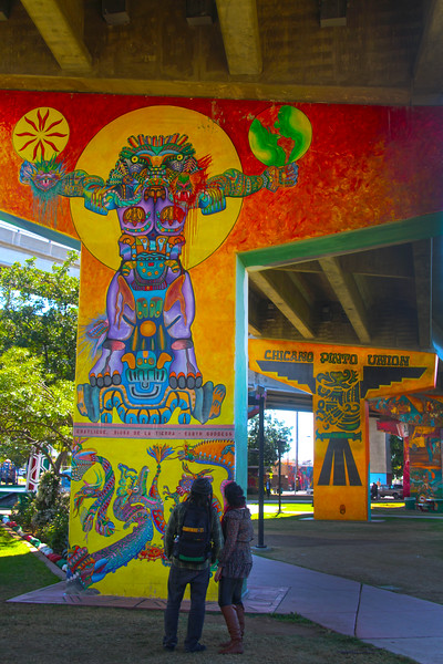 Barrio Logan San Diego, Chicano Park, Couple Studying Murals