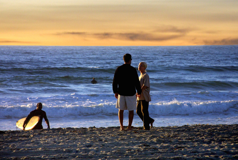 San Diego Beaches, Romantic Couple on Beach at Dusk