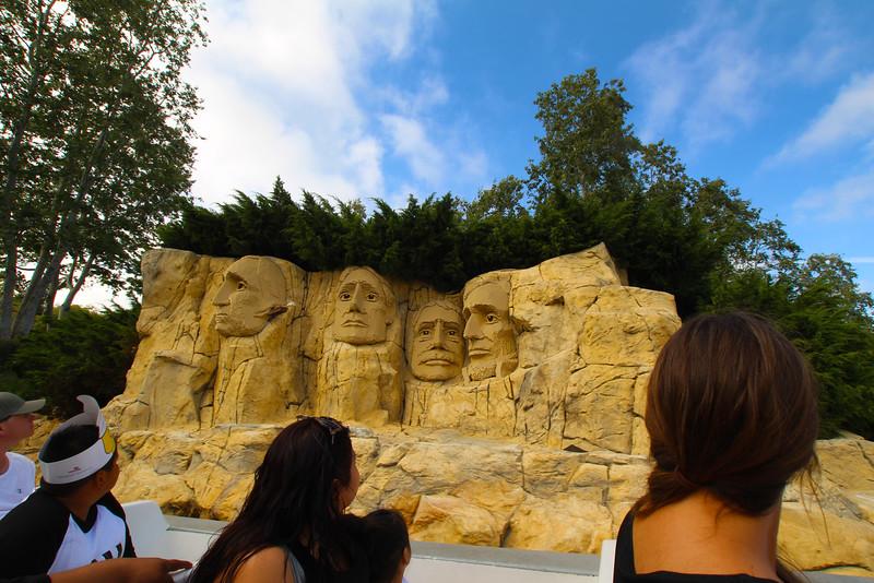 LEGOLAND California, Mount Rushmore from Cruise Boat