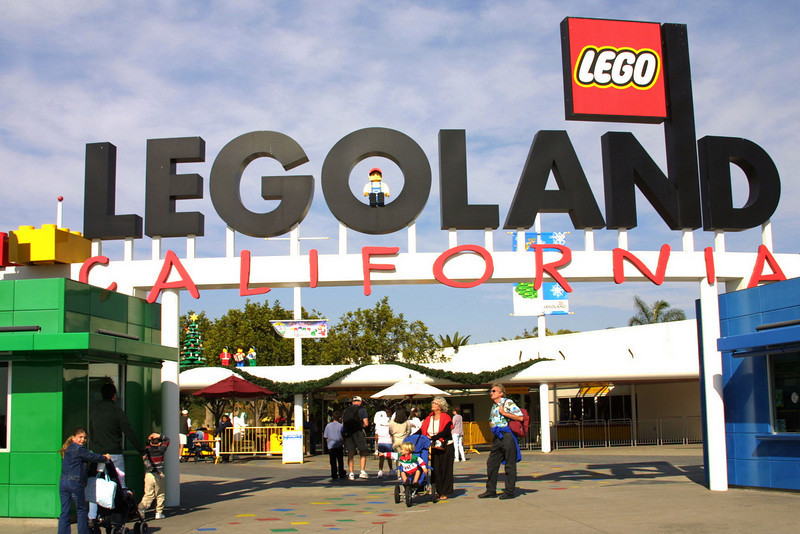 LEGOLAND California, Entrance