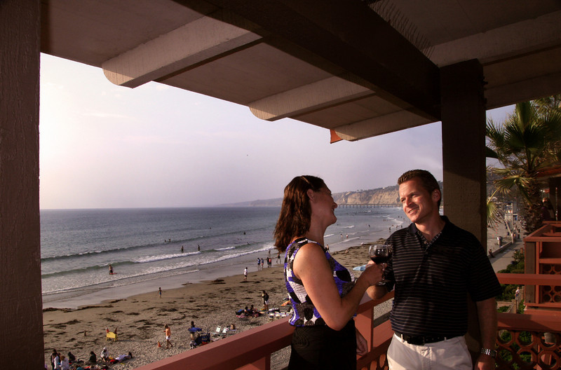 La Jolla, Romantic Toast at Sunset, La Jolla Shores Hotel