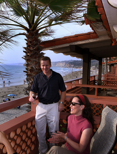 La Jolla, Couple on Balcony, La Jolla Shores Hotel