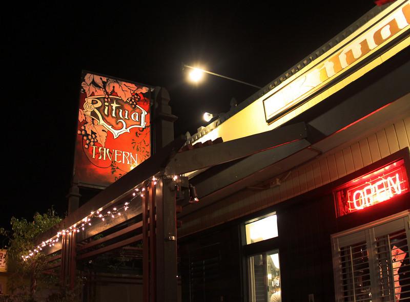 North Park, Ritual Tavern Sign