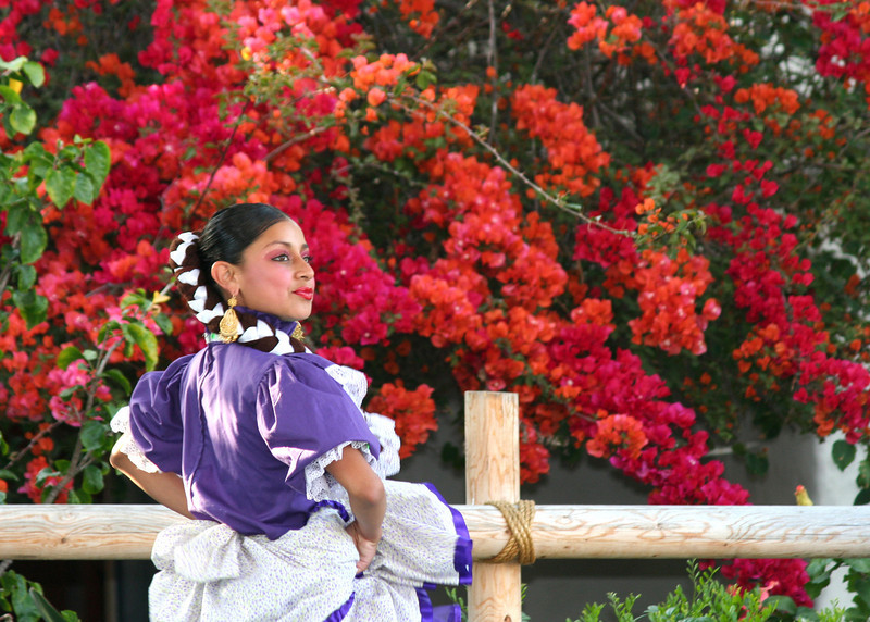 Old Town San Diego, Folk Dancer