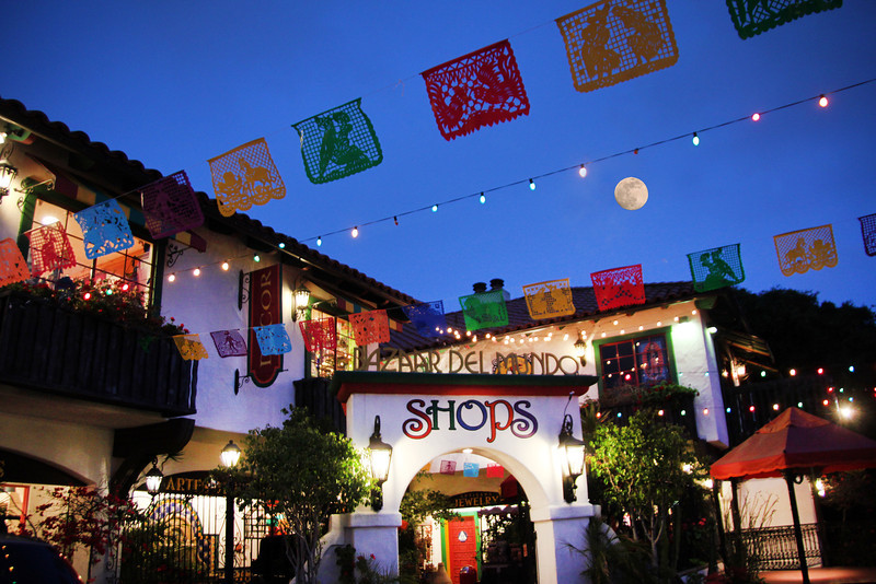 Old Town San Diego, Bazaar del Mundo with Full Moon